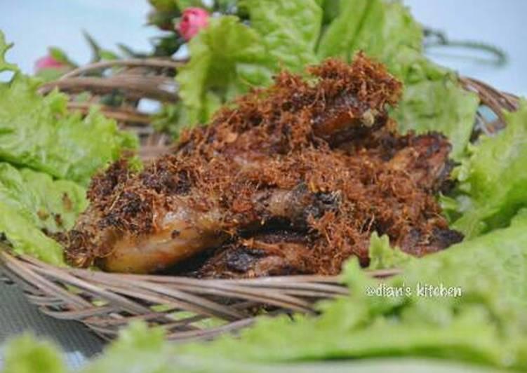 Resep Ayam Goreng Lengkuas yang dibuat oleh  Resep Ayam Goreng Lengkuas Oleh • dians kitchen •