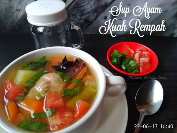Sup Ayam Kuah Rempah