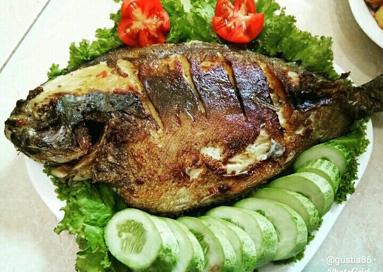Resep Ikan Bawal Bakar Bikinramadhanberkesan Oleh Gustia Bunda Volend Voland Resep Ramadhan 2020