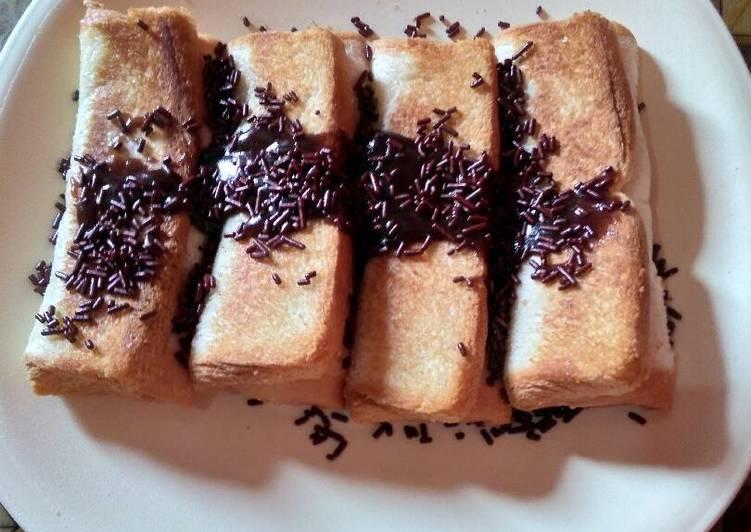 Resep Roti isi coklat lumer Dari Ayu Choiriyah
