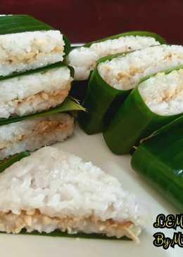 LEMPER AYAM (Indonesian traditional savory snacks)