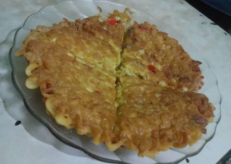 Resep Pizza Mie a.k.a Dadar Telur Mie ? Oleh heriana13
