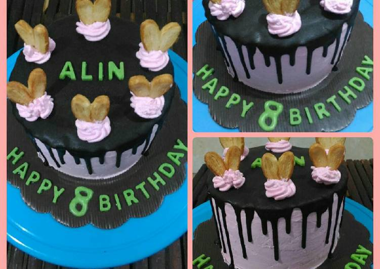 cara membuat Cake ultah simpel dan irit ala dapur ocha (base brownies 3 sdm)