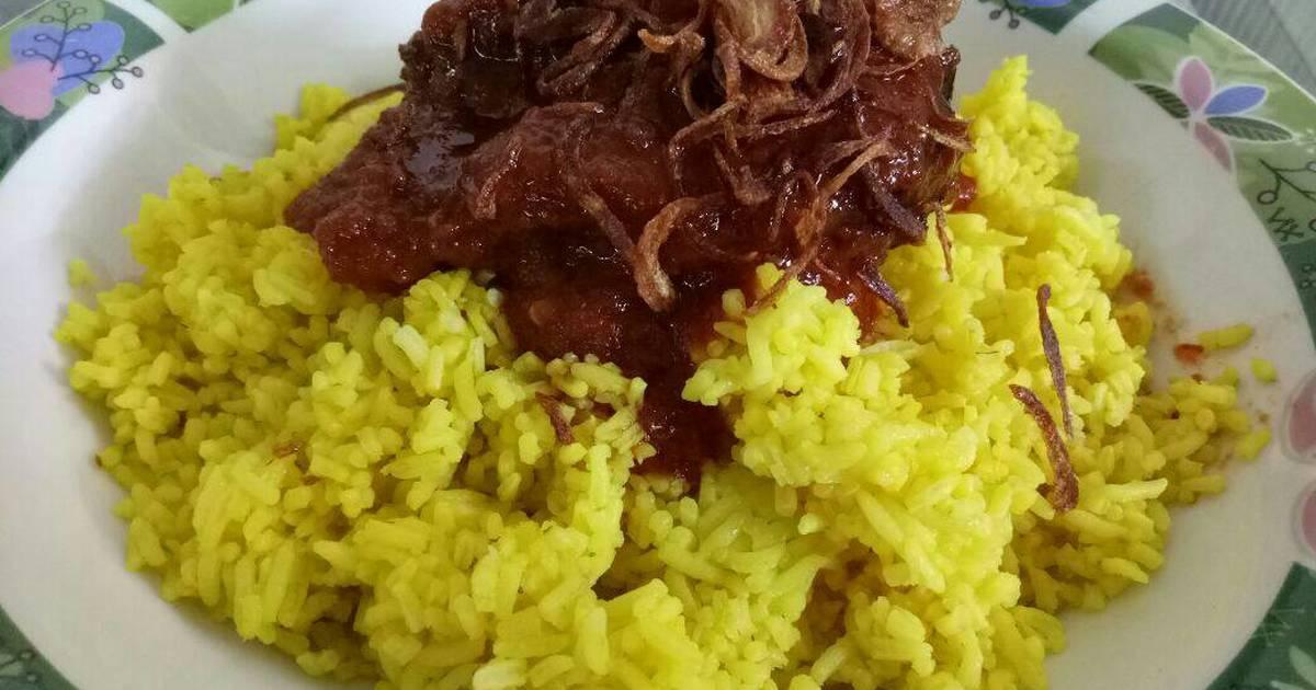 Hasil gambar untuk nasi kuning banjar