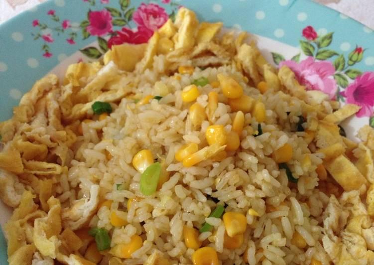Resep Simply Fried rice for breakfast Dari ainunbasalamah