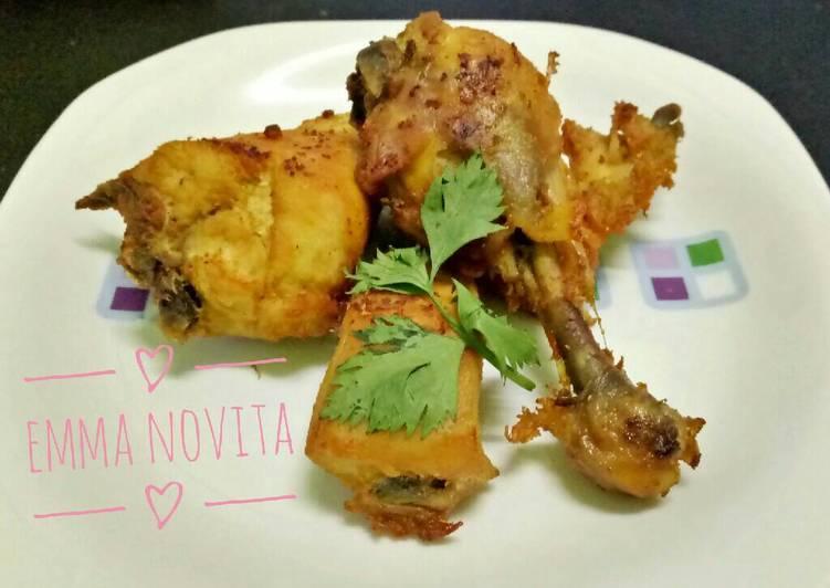 Resep Ayam Goreng Ungkep Bumbu Kuning - Emma Novita Sari