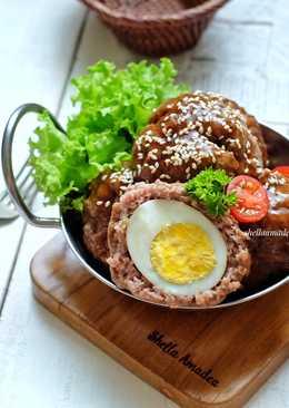 Bola Daging isi Telur saus Teriyaki