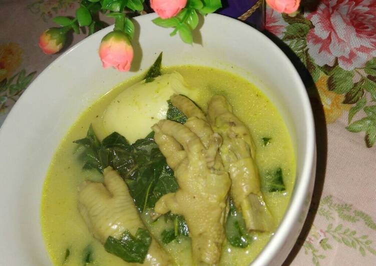 Resep Sayur daun singkong plus plus ???? Kiriman dari Ulan Fakhira