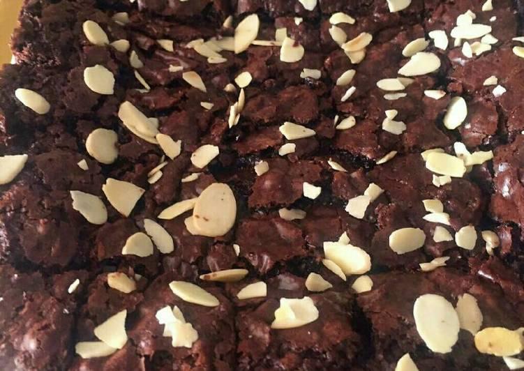 Vegan / Vegetarian Fudge Brownie (bebas telur & produk susu)