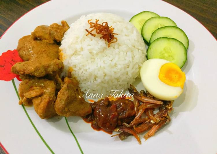 nasi lemak global Malaysia is one of the world's best destination for a gastronomical adventure   with dishes such as nasi lemak and roti canai halal hailed as local favourites.