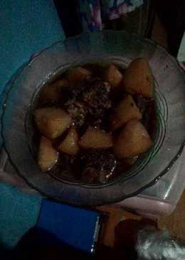 Semur daging dan kentang