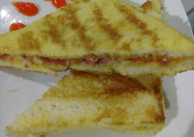 Roti panggang isi Keju kornet sederhana