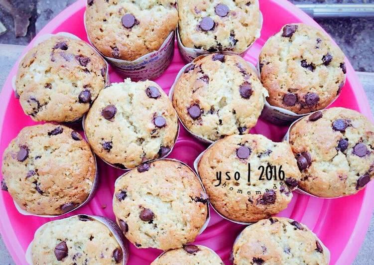 gambar untuk cara membuat Banana Chocolate Chip Muffin (Muffin pisang & coklat chip)