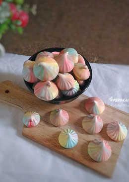 Meringue Cookies (permen putih telur) alias Schumpjes