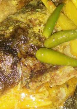 Ikan mas kuah kuning