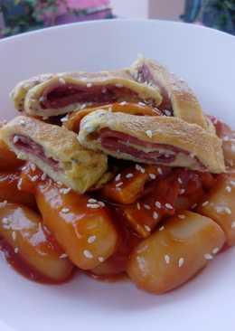 Tteokbokki / toppokki / kue beras / ciloknya orang korea