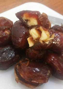 Kurma Keju Almond (emergency snack)