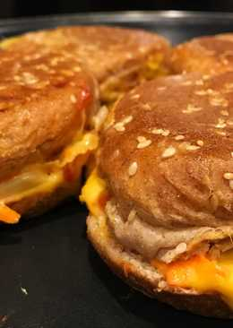 Thousand Island Salad in Cheese Burger Bekal Anak