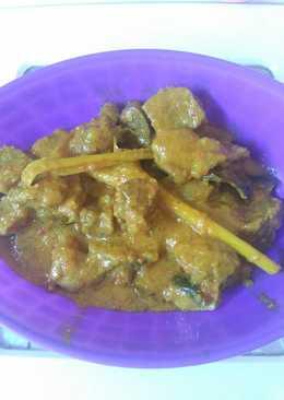 Rendang bumbu kuning pedas (daging kambing)