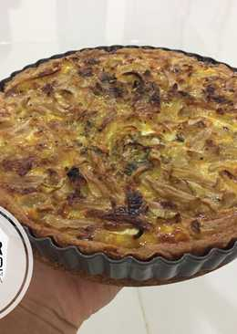 Pie Jamur (Caramilized Onion And Mushroom Quiche)