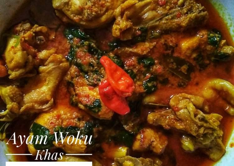 Ayam Woku Kemangi Khas Manado
