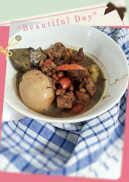 Brongkos daging sapi