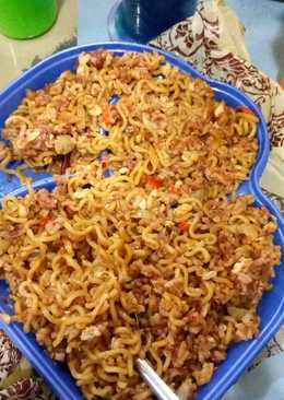 Nasi indomie goreng spesial (telor+kornet) 😊😊