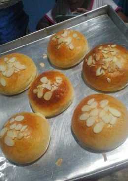 28 resep roti isi selai nanas enak dan sederhana cookpad roti manis isi selai nanas ccuart Images
