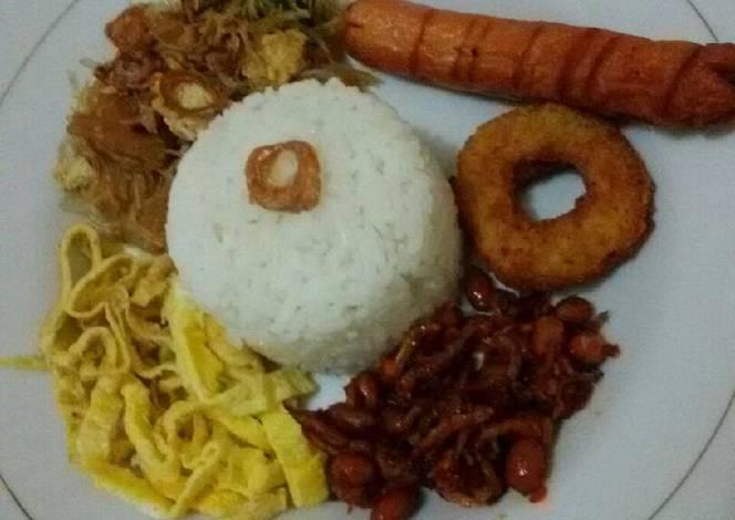 Resep Nasi uduk simpel magic com oleh PeniCand - Cookpad