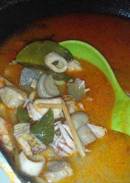 Tom Yam Sea Food