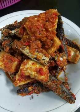 Ikan sambal + tahu