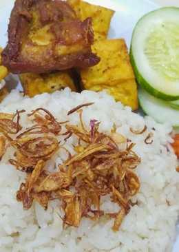 Nasi uduk Betawi magic com