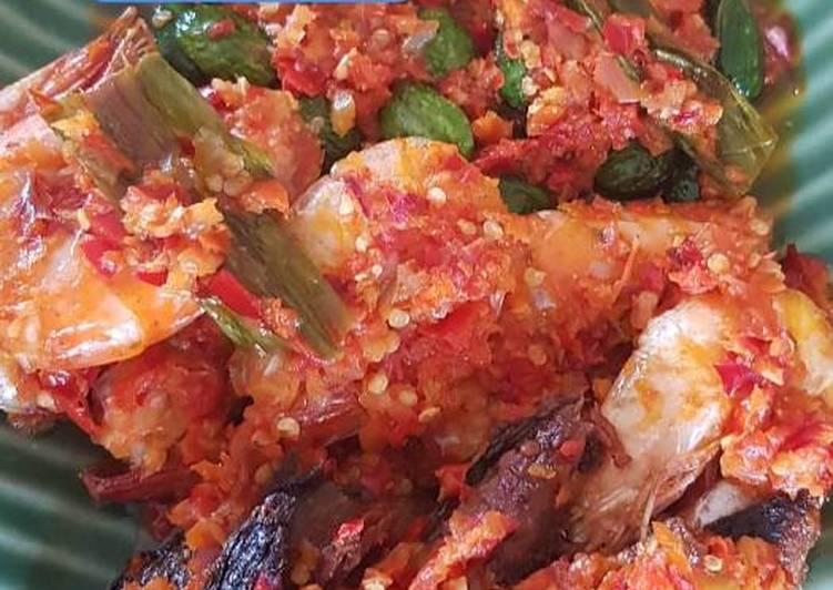 resep masakan Balado udang,telor, tongkol, pete
