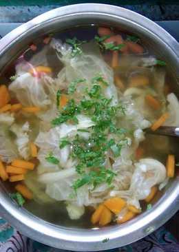 Sayur sup sederhana