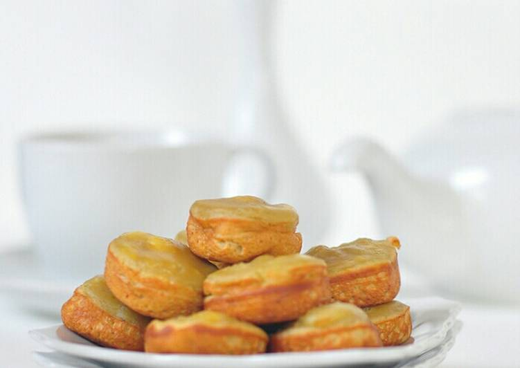 Image result for roti pisang samarinda