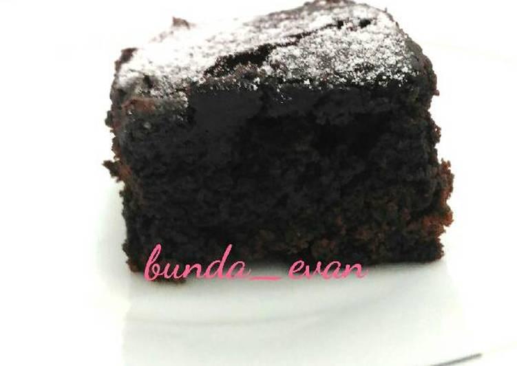 Eggless Chocolate Cake Happy Call