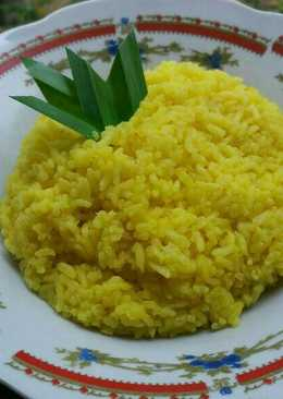 Nasi Kuning Ternate