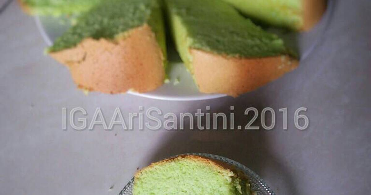 Resep Pandan Chiffon Cake Soft & Pillowy