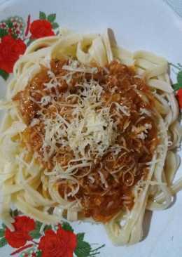 Spaghetti Tuna Bolognese