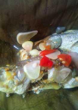 Ikan Belanak Kukus Daun Pisang