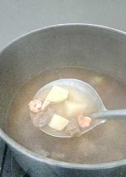 Sop daging dan udang keto