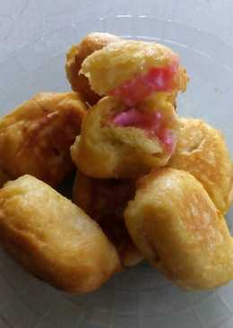Roti goreng tape isi strawberry