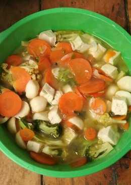 Sayur bening bunga kol dn brokoli tahu + bakso