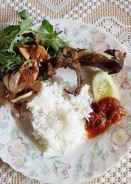 Lele bawang putih goreng kering