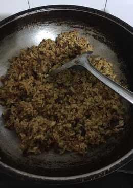 Nasi goreng ala timur tengah bumbu indonesia