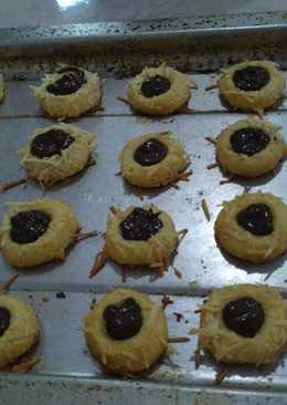 29. Thumbprint cookies filling coklat by Tintin rayner👍👍