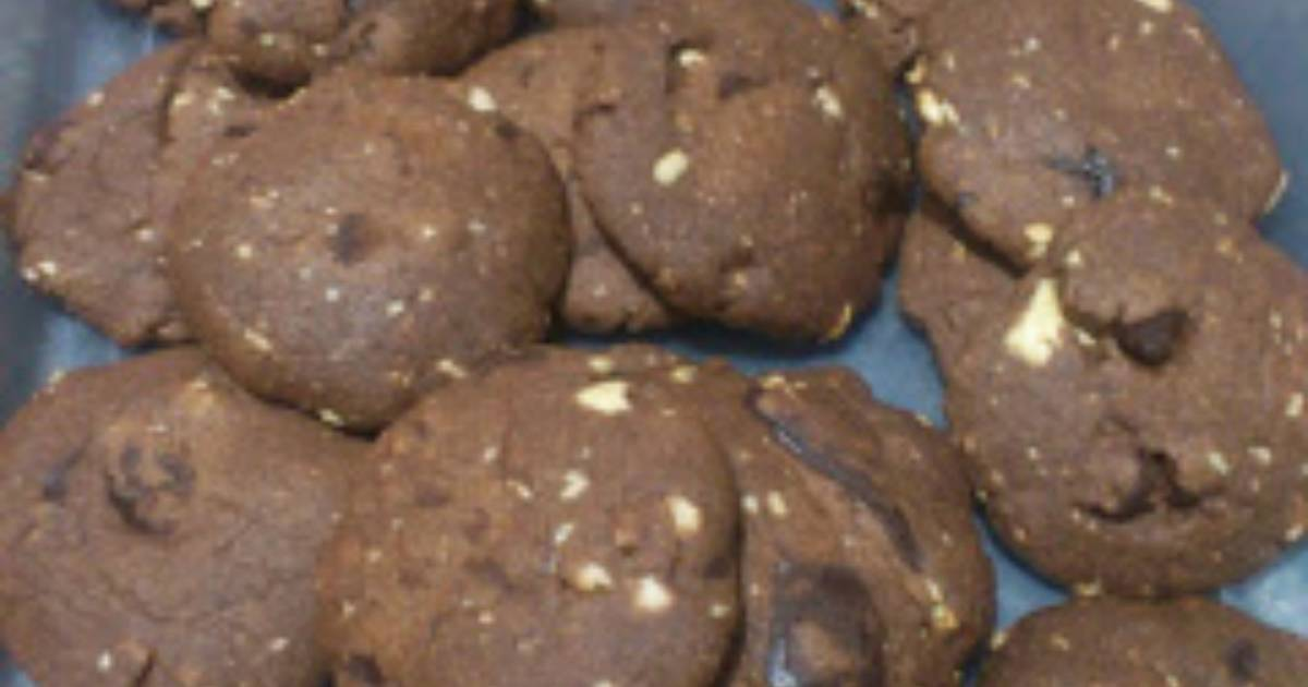 Resep ChocoNut Melt Cookies