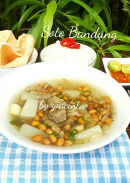 Soto daging sapi dan lobak (Soto Bandung)