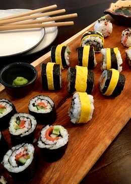 Sushi Salmon-Tamago-Alpukat-Timun