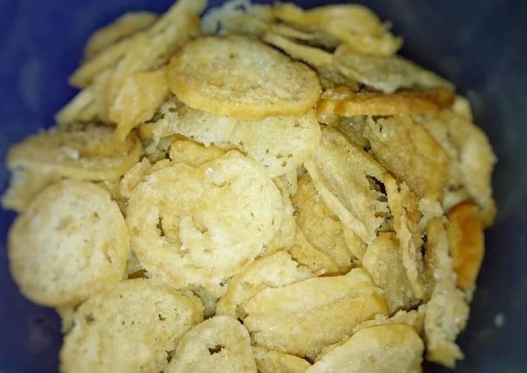 Keripik Somigo (bakso mi goreng)